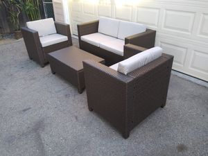 Outdoor patio loveseat with chairs and coffee table for Sale in Chatsworth, CA