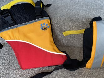 """Mti Brand """"UnderDog"""" Dog Life Jacket, Size M for Sale in Woodinville, WA"""