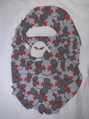 Bape x Kaws Skullsta Ape Head Tee 2005 Size Large RARE for Sale in Pittsburg, CA