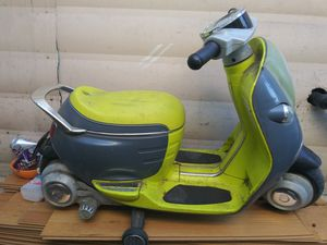 Yellow electronic motor cycle for Sale in E RNCHO DMNGZ, CA
