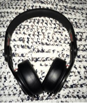 Beats mixer headphones with cord for Sale in North Potomac, MD