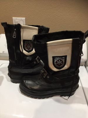 Vintage Yamaha Snowmobile boots size 6 for Sale in Escalon, CA