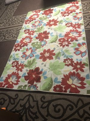 Rug ( 5 x 8 ) for Sale in Everett, WA
