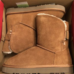 Women's Boots Size 8 Chestnut/New for Sale in Costa Mesa, CA