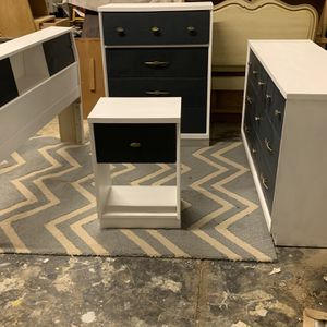 Full Bed Frame Dresser Night Stand And Chest Of Drawers Solid Wood for Sale in Belen, NM