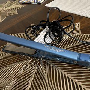 BaByLissPro Nano Titanium Hair Straightener 1 Inch for Sale in Glen Ellyn, IL