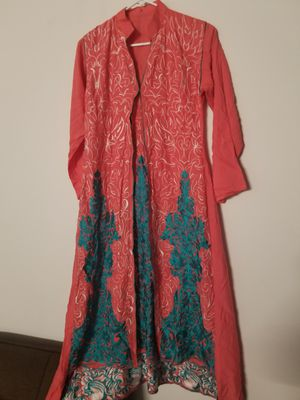 Linen embroidery dress 3pc medium for Sale in Baltimore, MD