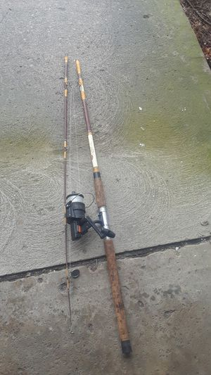 Nice cat fishing rod and reel great casting fishing pole for Sale in Columbus, OH