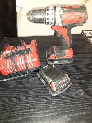 Milwaukie drill with two batteries and charger used but work perfectly for Sale in Pasadena, TX