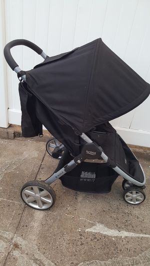 Britax B-Agile stroller - $40 for Sale in Brooklyn, NY