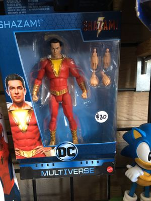 Shazam figure DC MULTIVERSE SHAZAM TOY COLLECTABLES for Sale in La Habra, CA