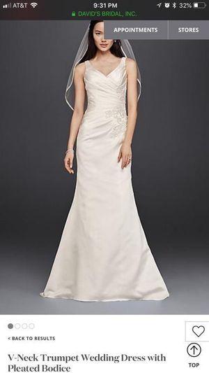 Wedding dress size 6. Brand new tag price 500. David's bridal for Sale in Bradenton, FL