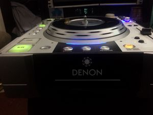 Demon s-3500 cd/mixers for Sale in Queens, NY