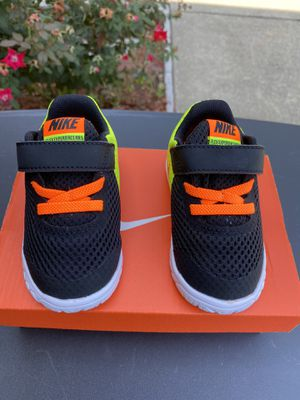 Nike Shoes for kids (size 5) for Sale in Little Elm, TX