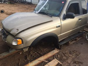 2000 Mazda B3000 for parts for Sale in Phoenix, AZ