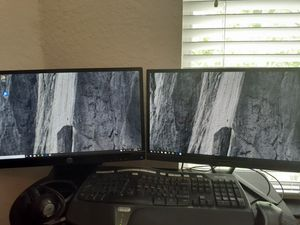 HP Dual 19 1/2in Screens and Desk computer set with for Sale in Palm Harbor, FL