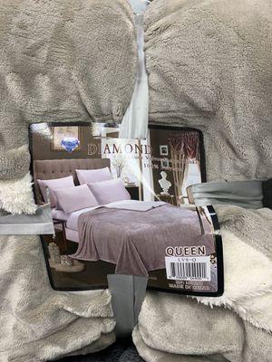 Luxury Velvet Sherpa Blanket for Sale in Los Angeles, CA