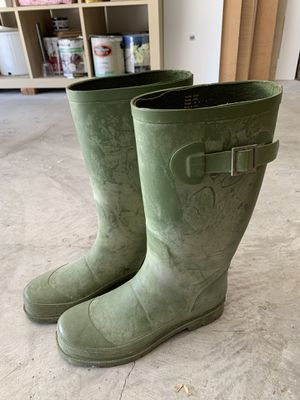 Smith & Hawken Green Garden Rain Boots Size 6/6.5/7 for Sale in Arcadia, CA