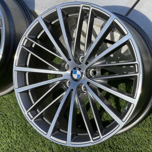 "Set of BMW Factory OEM Staggered 19"" Rims for Sale in Salinas, CA"