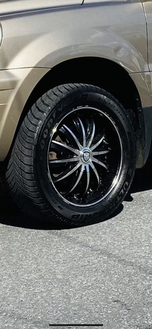 5 lug rims 5x114.3 uni 18s for Sale in Northampton, PA