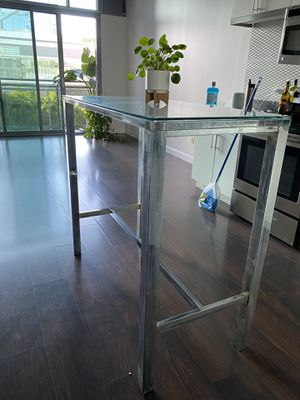 Glass Top Dining Table for Sale in Los Angeles, CA