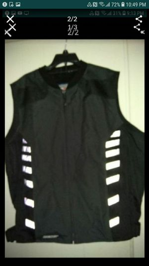 Motorcycle vest like new conditions Size XL for Sale in Glendale, AZ