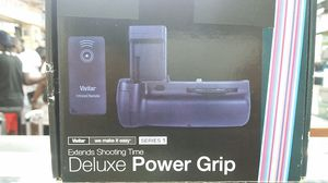VIVITAR DELUXE POWER GRIP FOR CANON T3, T5 AND T6 DSLR CAMERA FOR SALE!!! for Sale in Miami Beach, FL