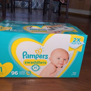 Pamper Diapers for Sale in Los Angeles, CA