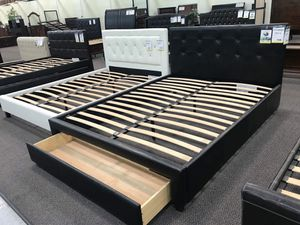 Bed frame with mattress for Sale in Santa Fe Springs, CA