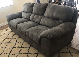 Grey sofa for Sale in Benjamin, UT