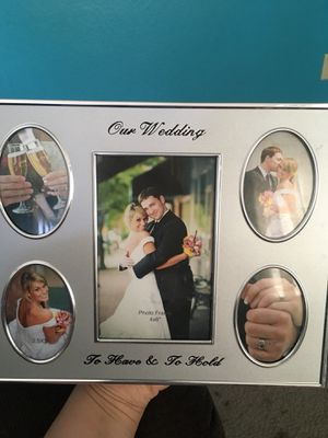 8x10 Wedding picture frame for Sale in Lodi, CA