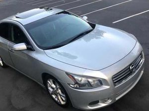Amazing 2012 Nissan Maxima sv for Sale in Fayetteville, AR