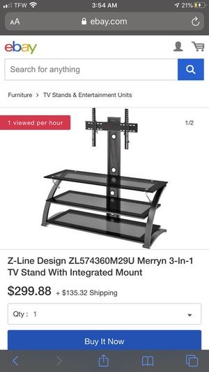 Glass TV Stand (Need Gone!!!) for Sale in Sevierville, TN
