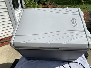 Coleman electric cooler for Sale in Ocala, FL