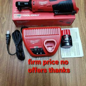 Milwaukee 2457-21 M12 Cordless 3/8 Lithium-ion Ratchet Kit Included Battery M12 12V 1.5 Ah And Charger for Sale in Upper Marlboro, MD