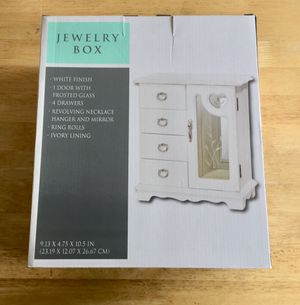 White Finish Jewelry Box for Sale in South Riding, VA