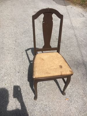 Antique chair for Sale in St. Petersburg, FL