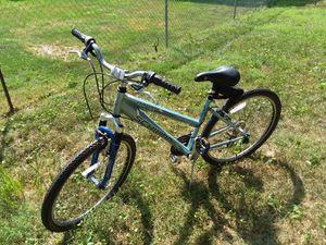 Womens, Girls- Schwinn Traverse Comfort bike for Sale in Columbus, OH