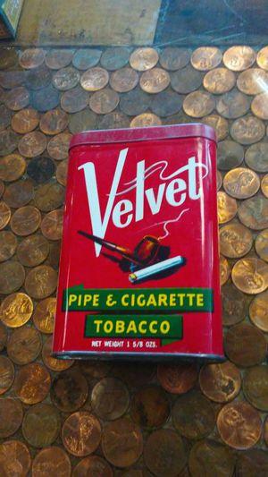 """Vintage """"Velvet Tobacco tin"""" 1960's for Sale in Kissimmee, FL"""