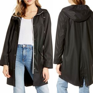 ✨New LEVIS Water Repellent Lightweight Hooded Parka Black Womens Size Small NWT for Sale in Sugar Land, TX