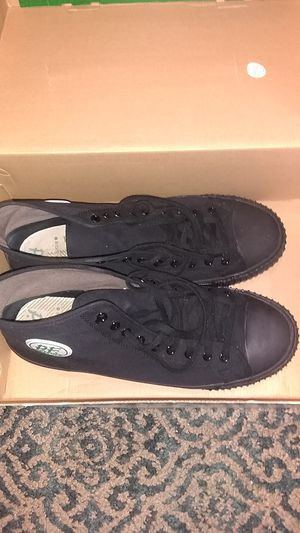 Size 13 Nonslip Work shoes. PF flyers High top Chuck edition. All Black!! for Sale in Philadelphia, PA
