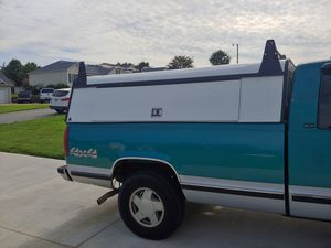 Leer work camper shell for full size truck. for Sale in Concord, NC