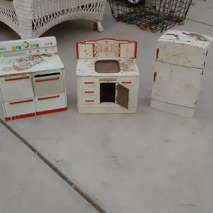 VINTAGE KITCHEN PLAYSET for Sale in Stockton, CA