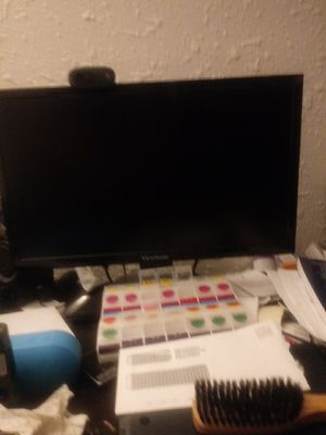 View sonic wide Screen Computer Monitor & a Logtec Web CAM for Sale in Bay City, MI