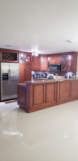 painting kitchen cabinets for Sale in Miami Gardens, FL