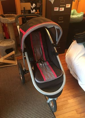 Graco jogging stroller for Sale in Fairfax, VA