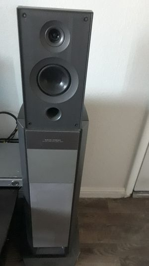 Sony DVD CHANGER AND CD PLAYER...SUPER LOUD..200 WATTS... for Sale in Phoenix, AZ