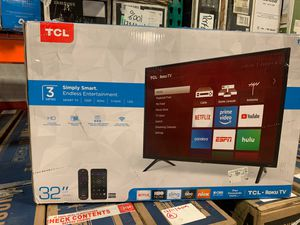 "TCL 32"" Tv SMART ROKU 32S325 open box like new for Sale in Miami, FL"