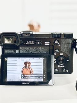 Sony - Alpha a6000 for Sale in Orlando,  FL