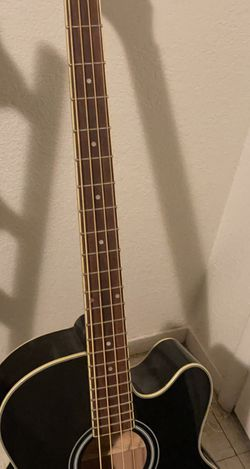 Ibanez bajoloche/acoustic Bass for Sale in Reedley,  CA